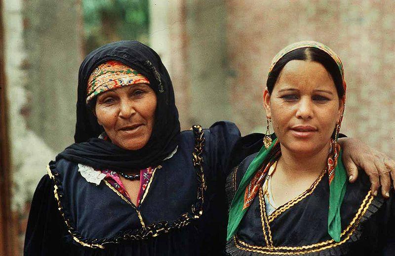 800px-women_in_egypt